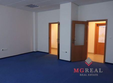 e3089779caa2a Dvojkancelária, cca 53 m2, výhodná poloha, Bratislava-Ružinov, Hraničná,  parkovanie